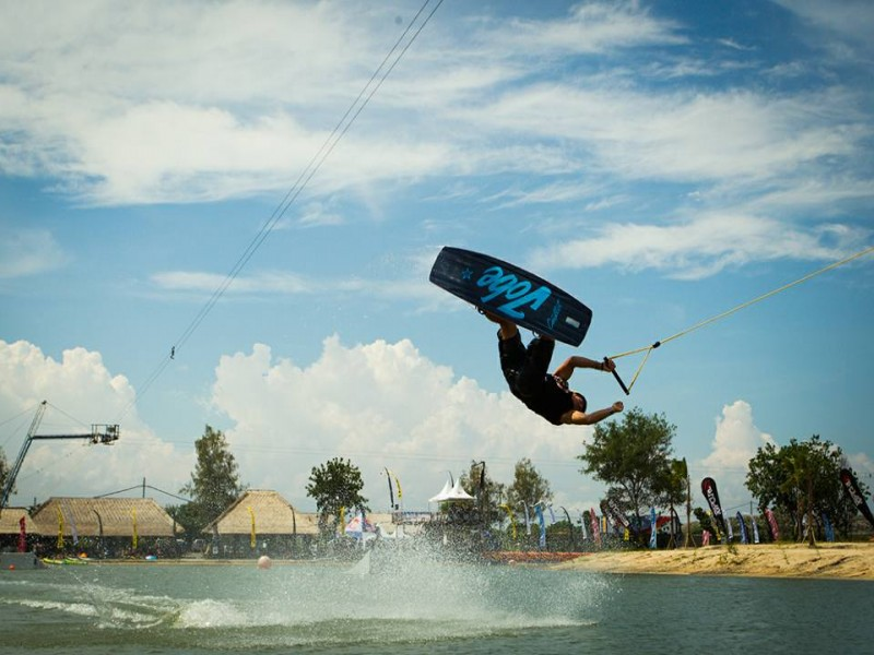 Wake Boarding Bali Fun Day