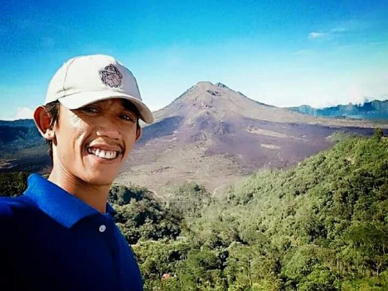 Bali Private Driver | Putu Genta